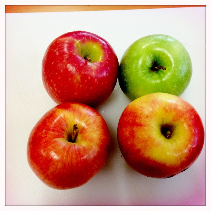 assorted apples