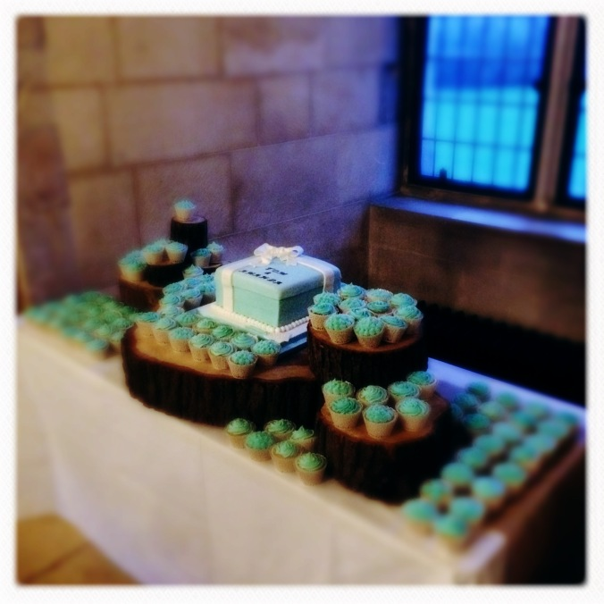120 cupcakes
